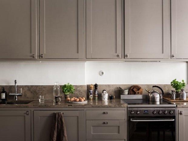 кухня цвета тауп
