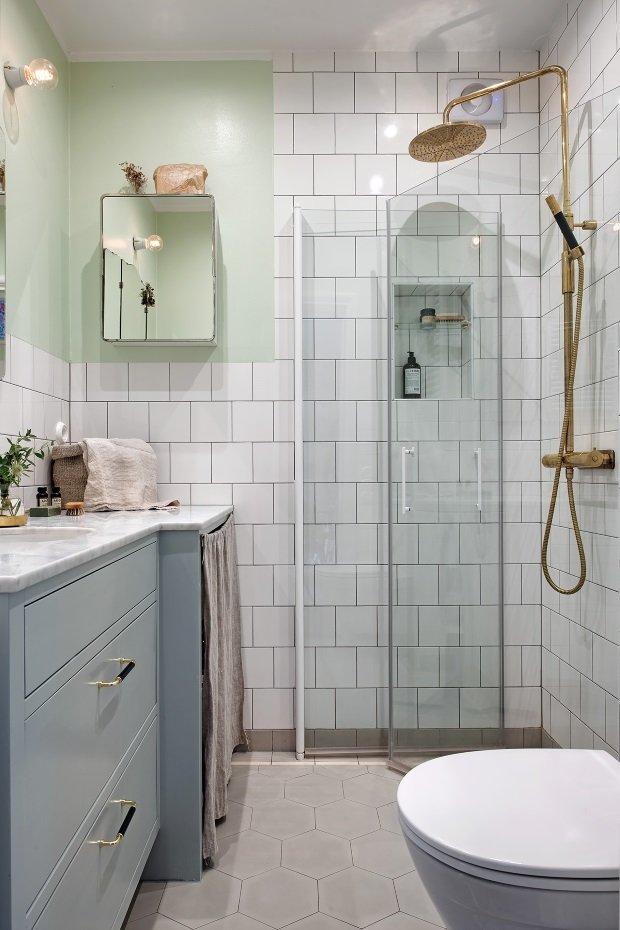 ванная комната в скандинавском интерьере