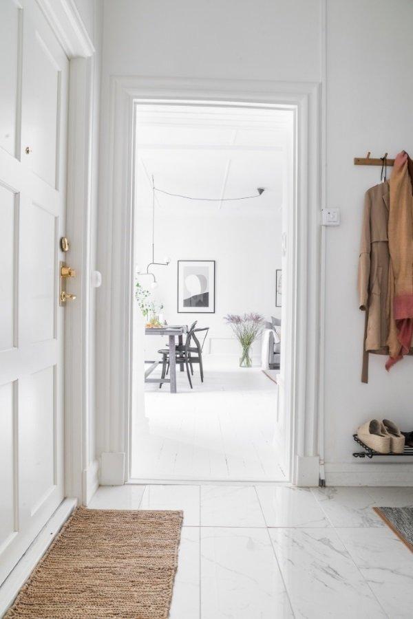 дверь в гостиную