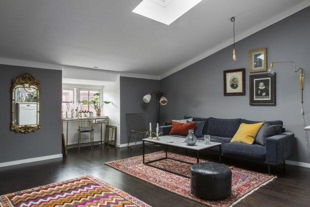 Шведская квартира с коврами на полу