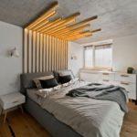 Спальня в скандинавском стиле: изголовье из деревянных реек