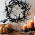 Украшение дома на Хэллоуин в оранжевых и черных тонах
