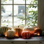 Тыквы с фонариками, украшения на Хэллоуин