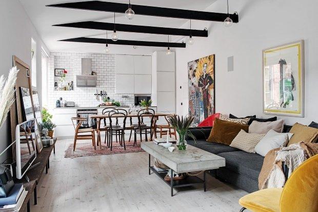Скандинавская квартира с яркими акцентами: гостиная кухня
