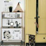 Детская в скандинавском стиле: желтый шкаф