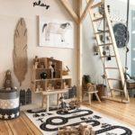Детская в скандинавском стиле: деревянный поезд