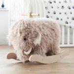 Детская в скандинавском стиле: мамонт качалка