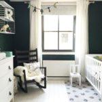 Детская в скандинавском стиле: темно-зеленая