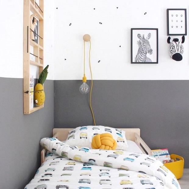 Детская в скандинавском стиле: серо-белая комната с желтыми акцентами