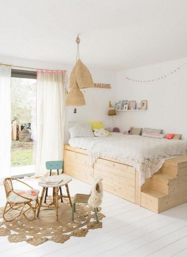 Детская в скандинавском стиле: тюль на окне