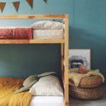 Детская в скандинавском стиле: деревянная двухъярусная кровать