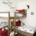 Детская в скандинавском стиле: двухъярусная кровать с перпендикулярным расположением
