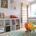 Детская в скандинавском стиле: разноцветная