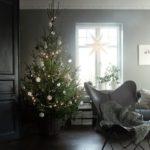 Новогодние украшения 2019: елка в скандинавском интерьере