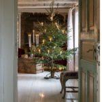 Новогодние украшения 2019: свечи на елке