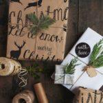 Новогодние украшения 2019: крафтовая бумага с надписями