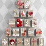 Новогодние украшения 2019: адвент календарь коробочки с красным декором