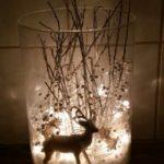 Новогодние украшения 2019: подсветка и олень