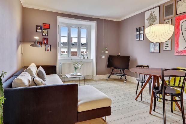 Квартира в скандинавском стиле в Копенгагене: тв в гостиной