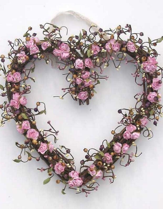 Идеи на День Святого Валентина: венок из розочек