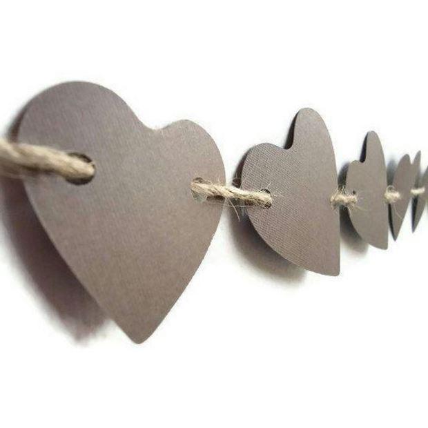 Идеи на День Святого Валентина: гирлянда из сердечек