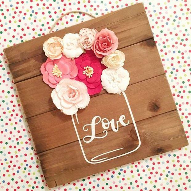 Идеи на День Святого Валентина: панно с цветами