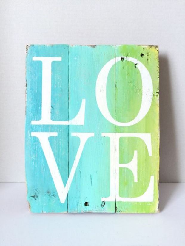 Идеи на День Святого Валентина: панно love