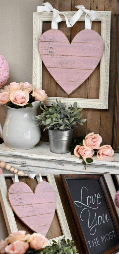 Идеи на День Святого Валентина: композиция из цветов и розового сердца