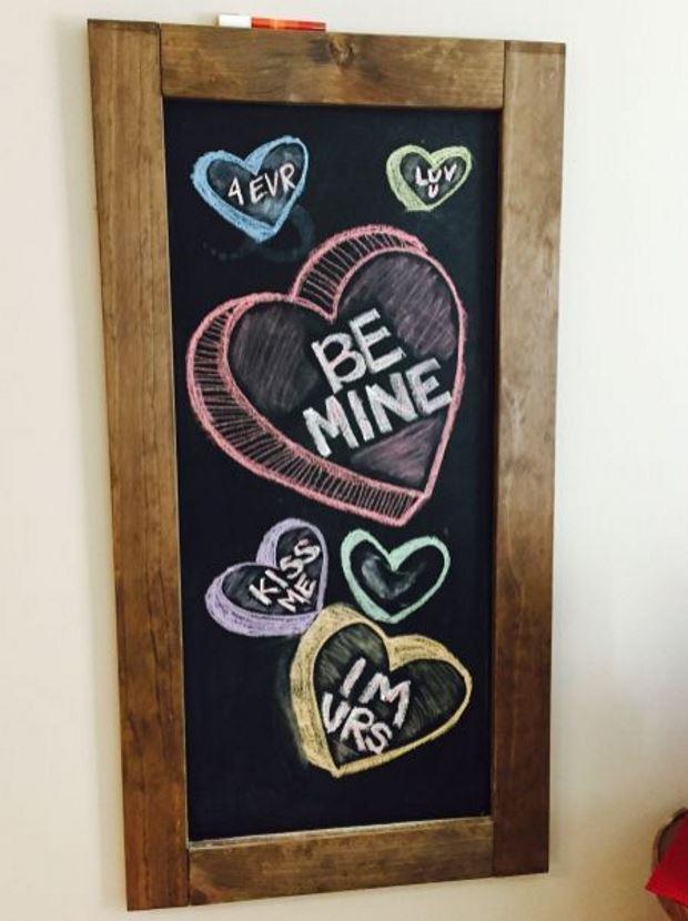 Идеи на День Святого Валентина: меловая доска ко дню влюбленных