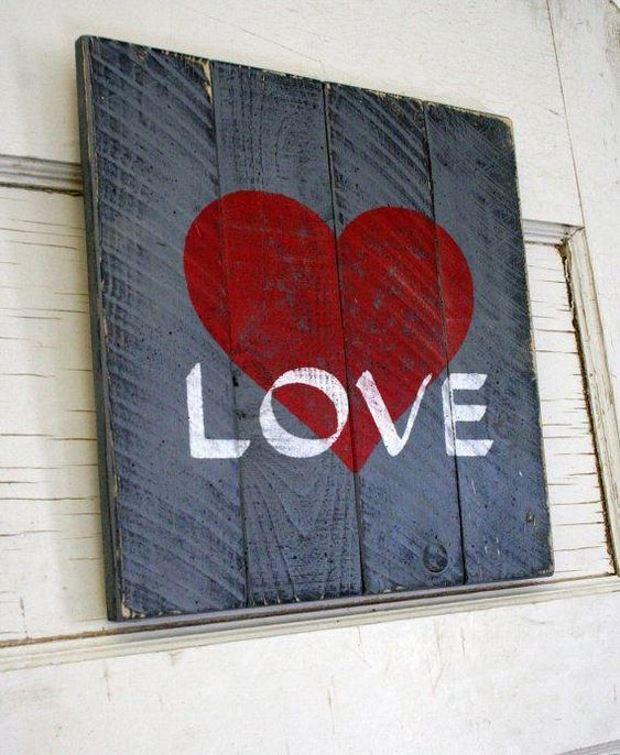 Идеи на День Святого Валентина: панно с сердцем