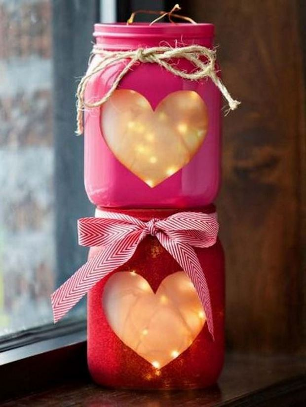 Идеи на День Святого Валентина: банки с гирляндами на день влюбленных