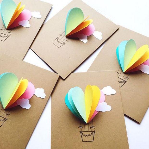 Идеи на День Святого Валентина:открытки с разноцветными сердечками-воздушными шарами